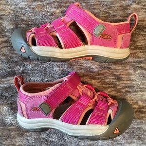KEEN Toddler Pink Sandals 7